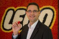"""Knapp 17 Prozent Marktanteil 2012 für LEGO Steine in der DACH-Region. Diese Zahl verkündete Michael Kehlet, Vice President LEGO GmbH, am 29. Januar 2013 bei der Spielwarenmesse in Nürnberg. Bild: """"obs/LEGO GmbH"""""""