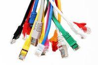 Netzwerkkabel: Anbieter verstärkt in der Pflicht. Bild: pixelio.de/Tim Reckmann