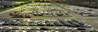 Autoparkplatz und Automobilindustrie