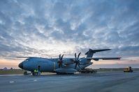 Airbus A400M während der Beladung für den Syrien-Einsatz auf dem Fliegerhorst in Jagel am 10.12.2015. Bild: Bundeswehr/Jane Schmidt