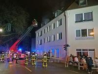 Bild: Feuerwehr Bochum / Menschenrettung über Drehleiter