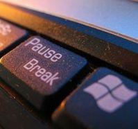 Windows: keine Pause. Bild: pixelio.de, Samuel G.
