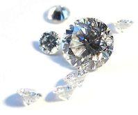 Natürliche Diamanten im Brillantschliff