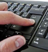 Löschen bestätigen: Dazu fehlt vielen Usern der Mut. Bild: pixelio.de/A. Klaus