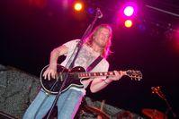 Frontman Wes Scantlin von Puddle of Mudd im Mai 2009 während eines Konzerts in Guantanamo Bay, Kuba