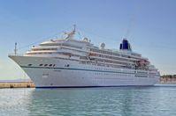 Das neue Traumschiff ab 2015, die Amadea, 2012 in Split