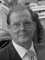 Roger Moore Bild: Frantogian, CC BY-SA 3.0, https://commons.wikimedia.org/w/index.php?curid=19852181