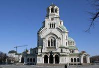 Sofia: Aleksandar Nevski Kathedrale. Für viele ist die Aleksandar Nevski Kathedrale in Sofia der prächtigste Sakralbau des Balkan. 1904 wurde mit dem Bau begonnen, 1924 wurde die Kathedrale dann geweiht. Die Kathedrale ist so groß, dass darin 5.000 Menschen Platz haben. Bild: Wolfgang Weitlaner