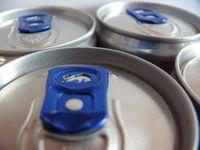 Energy-Drinks: Auswirkungen noch wenig erforscht. Bild: pixelio.de, andi-h