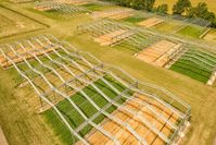In der Global Change Experimantal Facility (GCEF) des UFZ erforschen Wissenschaftlerinnen und Wissenschaftler seit 2013 die Folgen der künftig zu erwartenden Klima- und Landnutzungsänderungen. Quelle: © André Künzelmann / UFZ (idw)