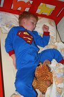 Kind: Schlafen geht ohne Smartphone leichter. Bild: pixelio.de/I. Friedrich