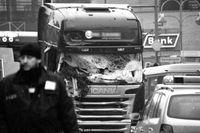 Breitscheidplatz: Das beschädigte Führerhaus der Sattelzugmaschine