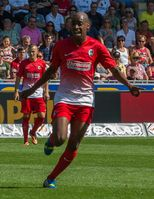 Gelson Fernandes im Trikot des SC Freiburg (August 2013)