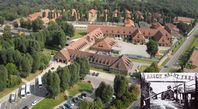 Luftaufnahme vom heutigen Museum KZ Auschwitz (2009)