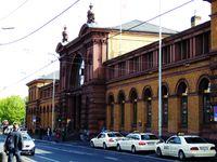 Eingangsgebäude des Bonner Hauptbahnhofs