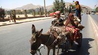 Afghanen am 16. August nach der Machtübernahme durch die Taliban auf den Straßen Kabuls Bild: SPUTNIK