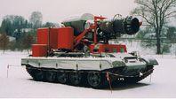 """Abgaslöschfahrzeug """"Hurricane"""" auf Fahrgestell eines russischen Kampfpanzers"""