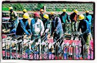 Ausländische Billiglöhner verdrängen zunehmend deutsche Arbeitnehmer und drücken die Löhne stark nach unten (Symbolbild)