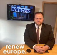 "Engin Eroglu,  in seinem Büro (2020) Bild: ""obs/Engin Eroglu MdEP (Renew Europe Fraktion)/Karolina Mirbach"""