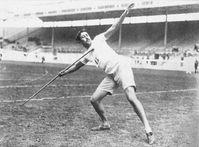 Eric Lemming, dreimaliger Olympiasieger, gilt als Erfinder der modernen Speerwurftechnik.