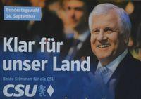 Wahlplakat ohne Aussage mit Horst Seehofer