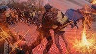 Polizeigewalt gegen Gelbwesten in Paris (Symbolbild)