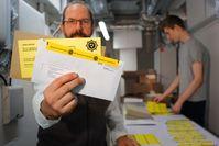 Die EU-Parlamentarier erhielten ungewöhnliche Post. Bild: Giordano Bruno Stiftung Fotograf: Varvara Borodkina