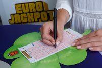 """Eurojackpot-Spielschein aus einer Lotto-Annahmestelle Bild: """"obs/Eurojackpot/MünsterView /Jean-Marie Tronquet"""""""