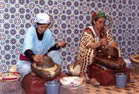 Die Herstellung von Arganöl auf die traditionelle Art und Weise