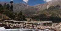 Die Dynamik der Erdoberflächen zeigt sich eindrucksvoll in Hochgebirgstälern wie hier im Zentral-Himalaya: Schmelz- und Regenwasser formen die Landschaft stetig neu. Quelle: Prof. Dr. Bodo Bookhagen (idw)
