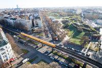 Vogelperspektive des Görlitzer Parks in Berlin-Kreuzberg
