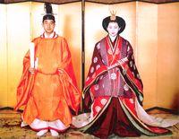 Hochzeitsfoto des damaligen Kronprinzen Akihito mit Michiko Shōda (1959)