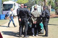 Verhaftung von Dr. Jay Lieberman. Bild: Holocaust Survivors Foundation