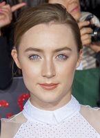 Saoirse Ronan bei der Premiere von Breaking Dawn – Bis(s) zum Ende der Nacht – Teil 2 (2012)