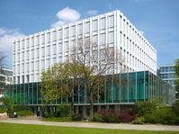 Zentrale der Heinrich-Böll-Stiftung in Berlin-Mitte, Schumannstr. 8 (Westseite)
