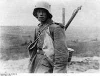 Deutscher Sturmtruppsoldat an der Westfront, Ende 1916