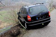 Aufnahme des verunglückten Fahrzeugs Bild: Polizei