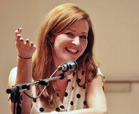 Katrin Bauerfeind während einer Lesung (2014)