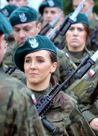 Soldatinnen (Symbolbild)
