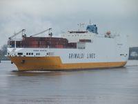 Ein ConRo-Frachter einer anderen Reederei