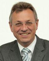 Staatsminister Siegfried Schneider Bild: www.bayern.de / Rolf H. Seyboldt