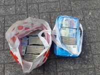 Mit Geld gefüllte Plastiktüten / Bild: Bundespolizei