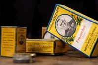 Historische Produkte aus dem Kneipp Archiv, Mitte des 20. Jahrhunderts.  Bild: Kneipp GmbH Fotograf: Daniel Peter Fotografie