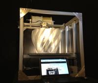 Große Vase: Neuer 3D-Drucker bietet mehr Volumen. Bild: re:3D.org