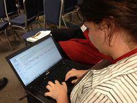 Wikipedia-Bearbeitung: das könnte wichtig sein. Bild: Sarah Stierch, flickr.com