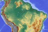Flussverlauf des Amazonas. Bild: Hans Braxmeier at de.wikipedia