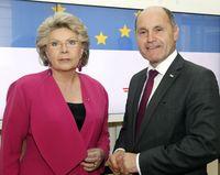 Dr. Viviane Reding und Wolfgang Sobotka (2016)