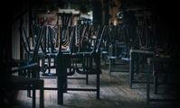 Soziale Strukturen werden durch politische Zwangsmaßnahmen (Lockdown) fast völlig zerstört (Symbolbild)