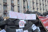 Ukraine: Barrikaden außerhalb von Donetsk RSA.