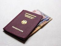 Bestechung, Korruption & Reisepaß (Reisepass), Symbolbild